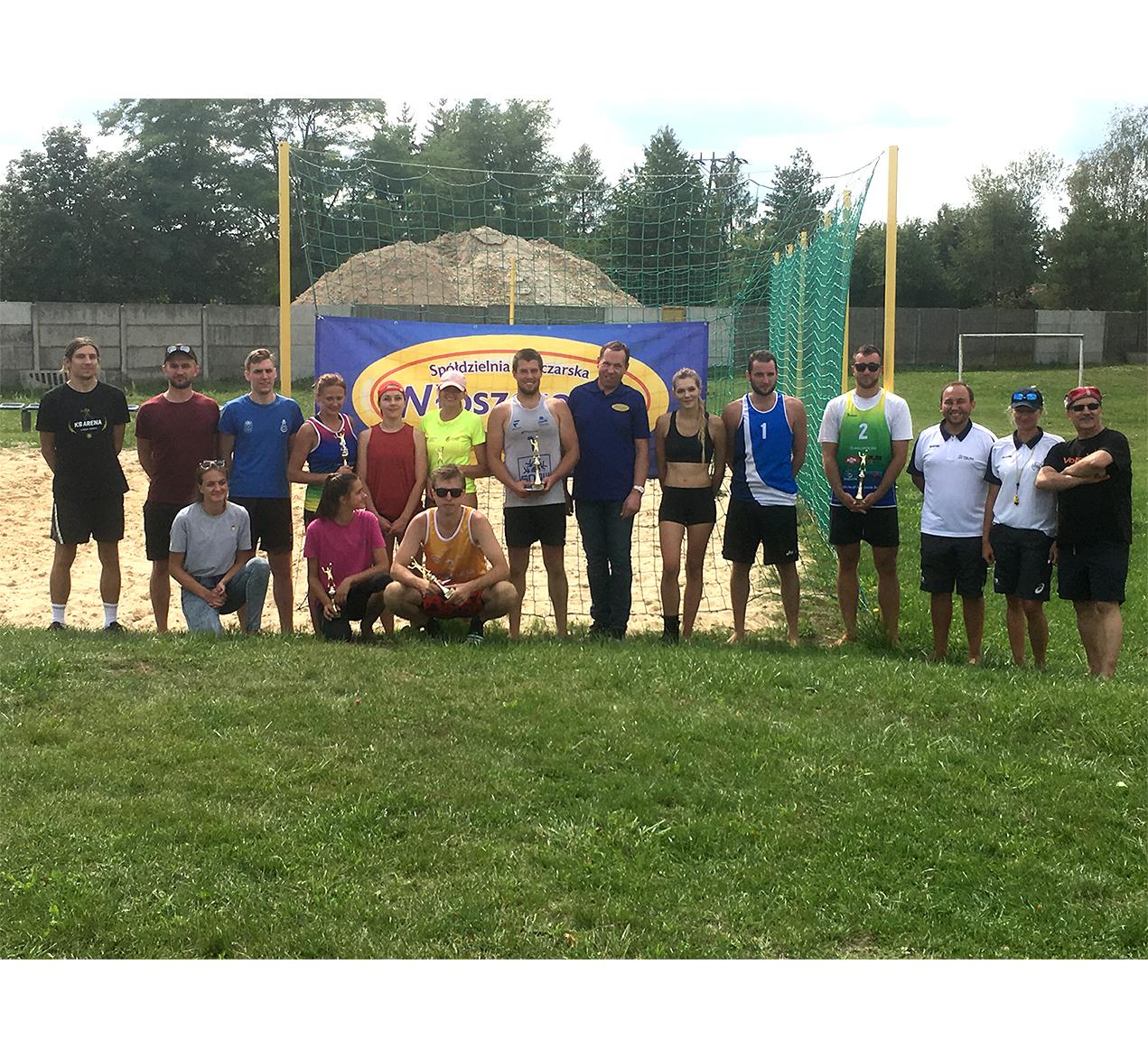 Turniej siatkówki plażowej par mieszanych o Puchar Prezesa OSM Włoszczowa